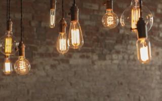 Πώς να επιλέξετε τα σωστά φωτιστικά και λαμπτήρες για την οικία σας